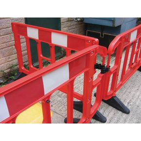 Safety stackable barriers