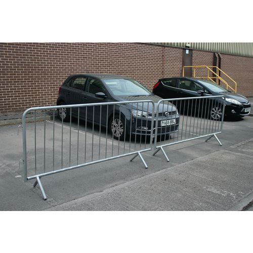 Crowd control barriers