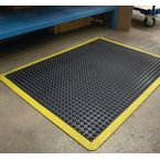 Bubblemat with yellow edge - 0.6m x 0.9m