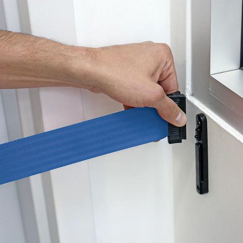 Wall mounted barrier - Additional wall receiving clip