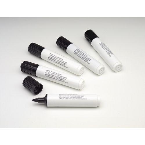 Black wet-wipe marker pens