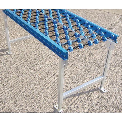 Plastic gravity conveyor track - Skate wheel conveyor track