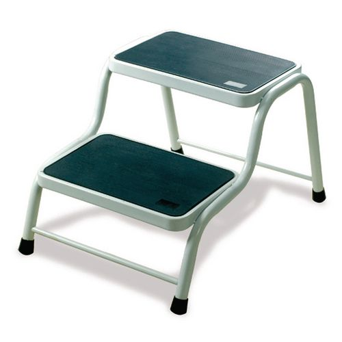 Deluxe steel step up stool