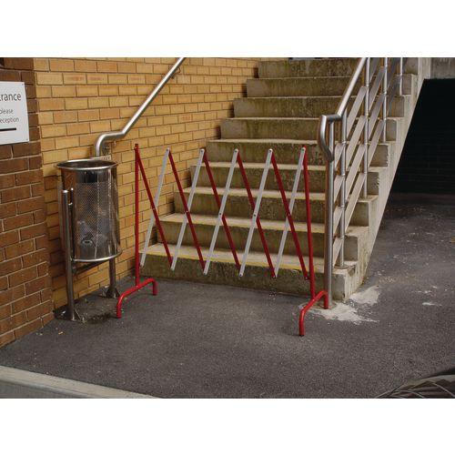 Lightweight expanding barriers
