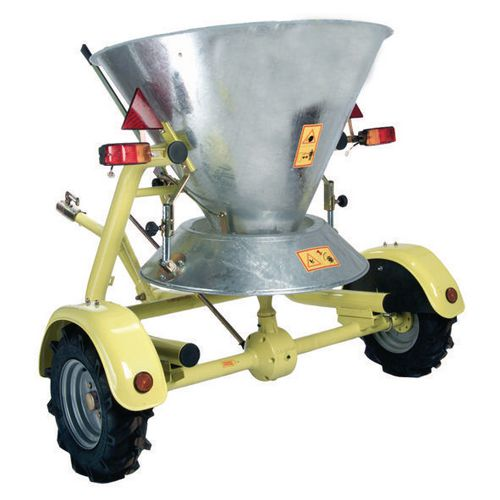 Towing large area salt spreaders - 250kg capacity