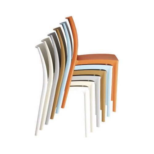 Contemporary stacking chair