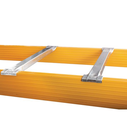 Galvanised pallet racking support bars (pairs)