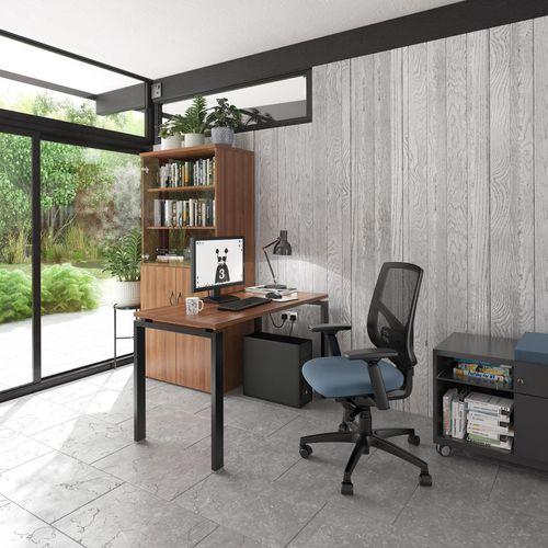 Express straight work desk
