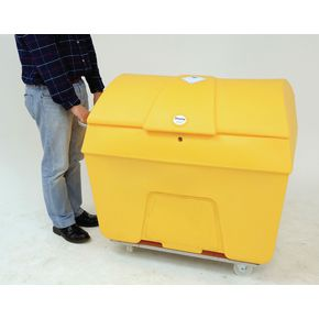Lockable clinical waste trucks