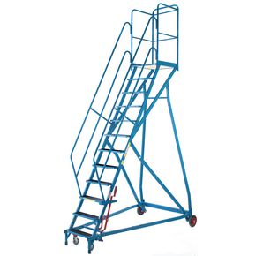 Heavy duty mobile safety platform steps