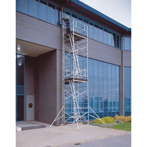 Mobile tower with large work platform