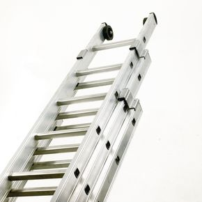 Industrial use box section aluminium ladders - Three section push-up