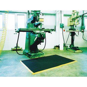 Anti-fatigue vinyl workstation mats
