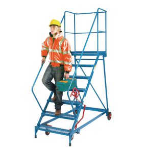 Easy slope extra wide tread mobile steps