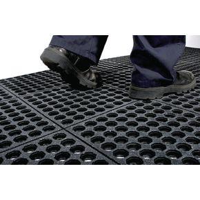 Rubber interlocking floor tiles - Grit surface