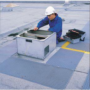 Slip resistant PVC roof walkway matting, per linear metre 910mm width