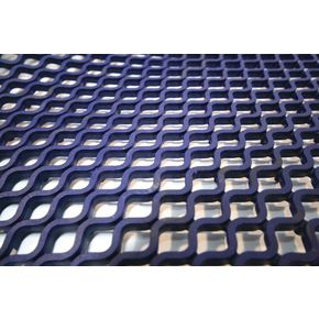 Open weave grid matting