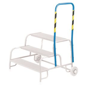Handrail for mobile buttress steps