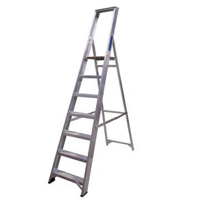 Heavy duty aluminium platform steps