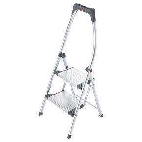Deep tread step stool