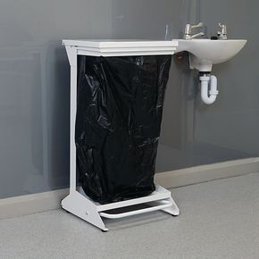 Corrosions resistant pedal operated sackholders