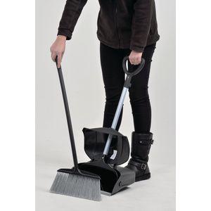 Heavy duty dustpan and brush set