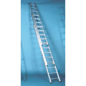 Extra heavy duty British standard aluminium ladders - Three section push-up