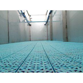 Duckboard floor tiles