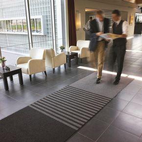 Triple zone entrance mat