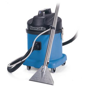Spray extraction cleaner
