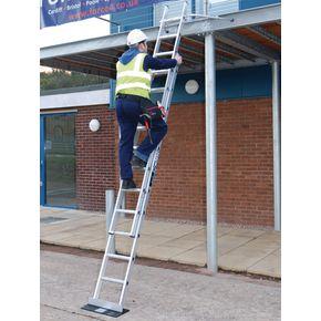 Heavy duty ladders BS2037 Class 1