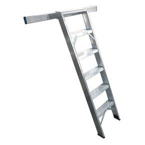 EN131 Professional shelf ladders