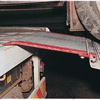 Hinged aluminium bridge plates - Hinge rail