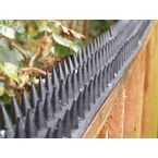 Fence and wall spikes