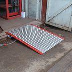 Ground level container access ramp  - Aluminium for pallet trucks
